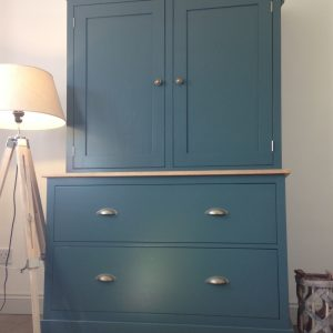 SOLID OAK & PINE WELSH DRESSER